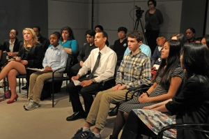 East-West Students participate in Q&A session