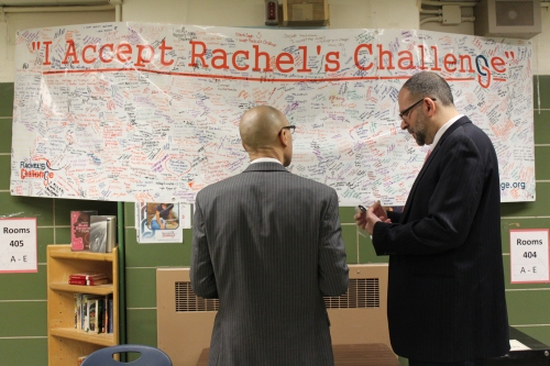 Chancellor Walcotts accepts Rachel's Challenge