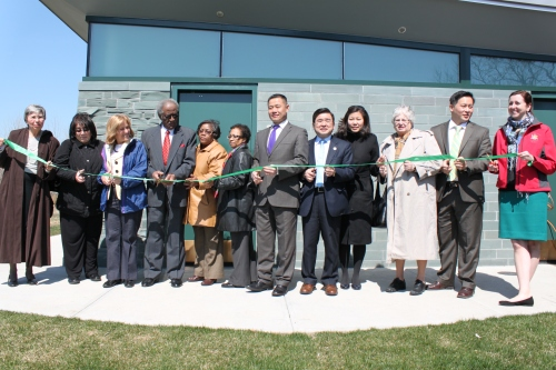 NYC Parks Queens Borough Commissioner Dorothy Lewandowski joined City Comptroller John Liu, Council member Peter Koo, Community Board 7 District Manager Marilyn Bitterman, University Park Tenants Council President and EW Community Advisory Board Member John Henry Byas, Congress member Grace Meng, State Senator Toby Ann Stavisky, Assembly members Ron Kim and Nily Rozic, and IS 237 Parent Coordinator and EW Community Advisory Board Member Shirley Bryant to cut the ribbon on the new comfort station.
