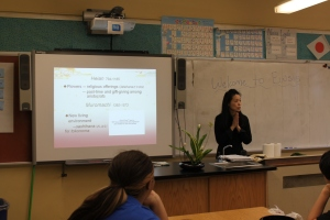 Ms. Yasuko Otsue shared her expertise in Ikebana