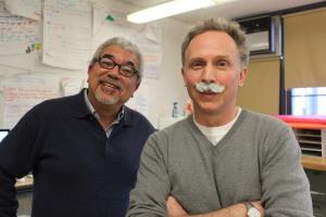 MOstinguish mustaches.