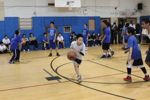 Nine teams of middle school students competed.