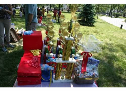 Medals and prizes for the winners
