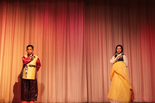 Students performing the Arirang Mu Dance